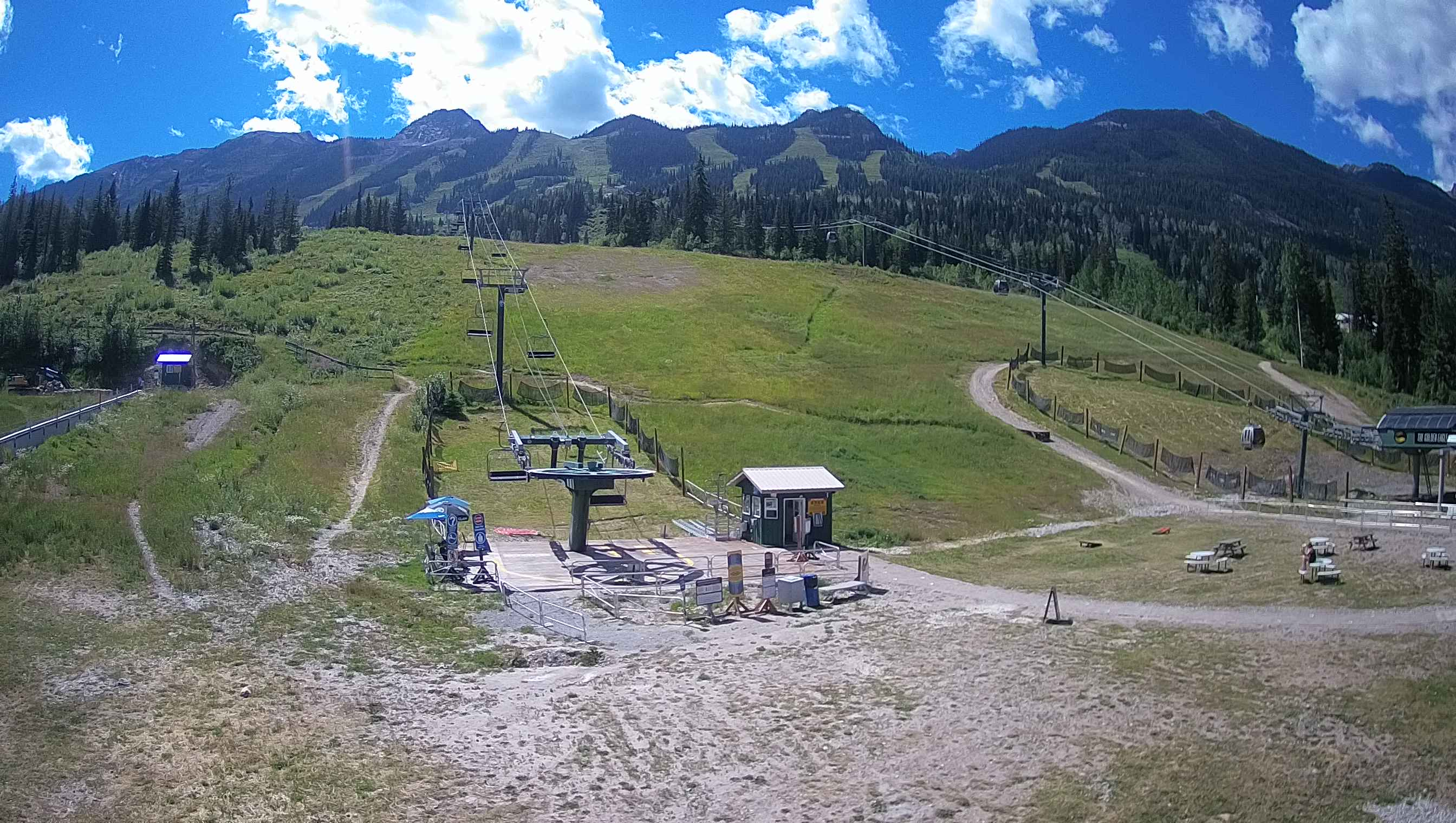 Kicking Horse Mountain Resort - Champagne Powder Capital of Canada™ b2de5031e39